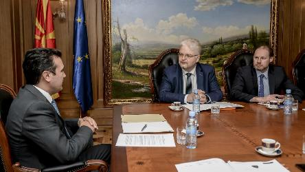 President of the CPT discusses dire situation in prisons with Prime Minister Zaev in Skopje