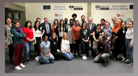 Didier Reynders visits the European Youth Centre