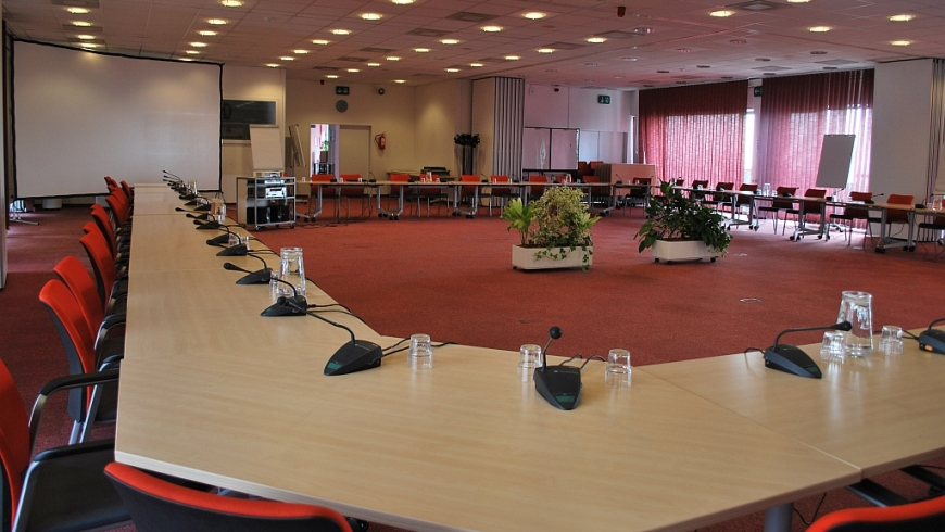 EYCB MEETING ROOMS - ROOM A