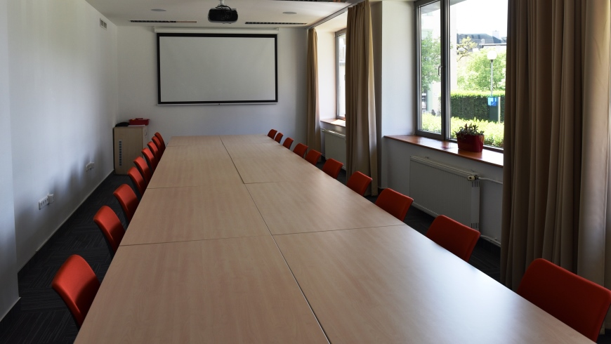 EYCB MEETING ROOMS - ROOM E
