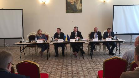 Congress Secretary General participated in a round table on decentralisation in Ukraine