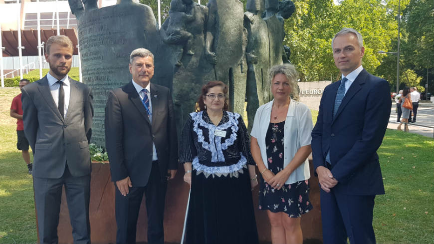 Congress commemorates the victims of the Roma Holocaust on European Roma Holocaust Memorial Day (2nd August)