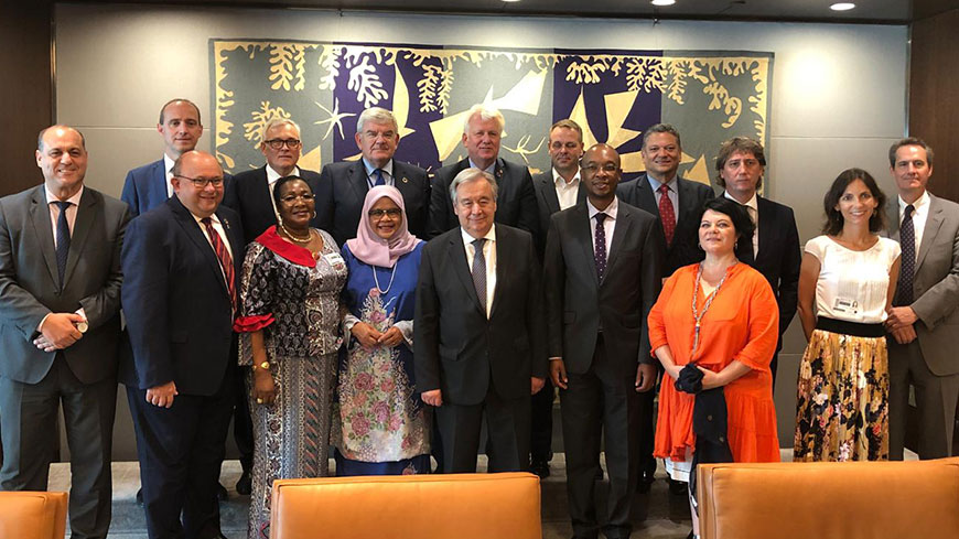 Family photo of the meeting between the UN Secretary-General and Local and Regional Government Leaders (2nd row, 3rd from left to right: Congress President Anders Knape)