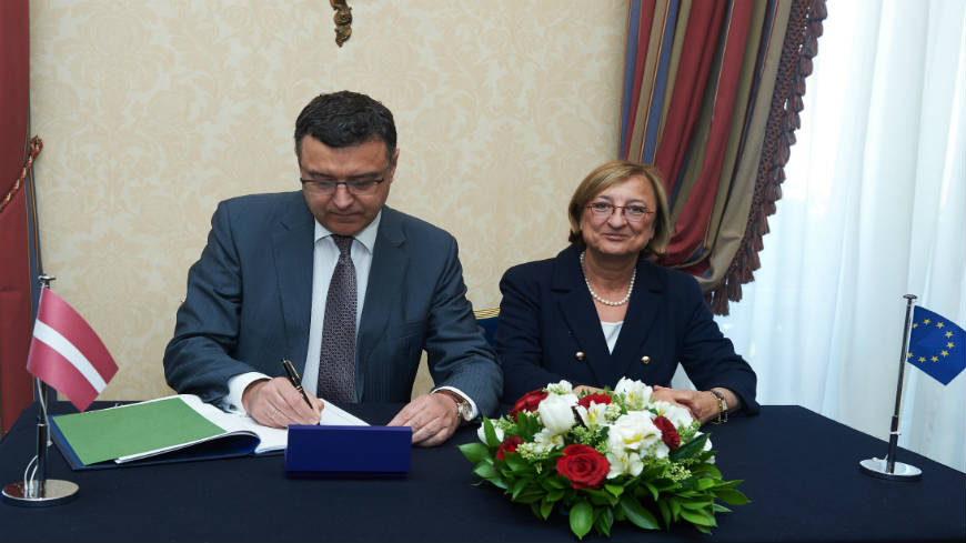 Latvia signs the Istanbul Convention