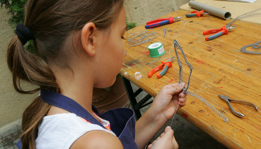 School of Crafts – Centre for Folk Art Production