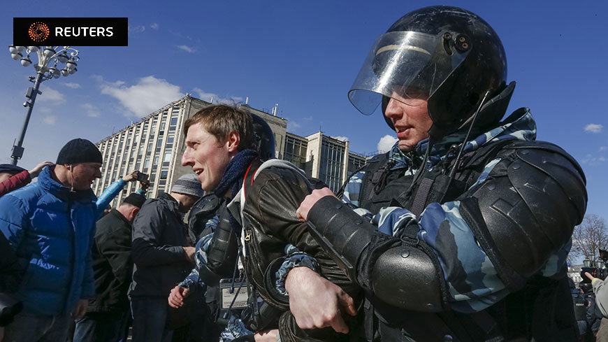 Russia: Secretary General Jagland concerned about freedom of expression and freedom of assembly after mass detentions at demonstrations