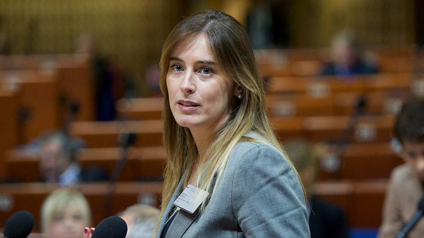 Maria elena boschi la presenza delle donne nelle nostre for Donne parlamento italiano