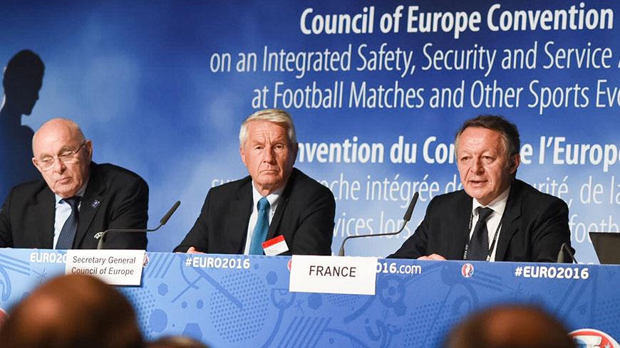 Sécurité et sûreté dans les stades : quatorze pays ouvrent la voie à la mise en œuvre d'une nouvelle convention internationale