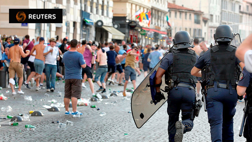 Euro 2016 football violence: Council of Europe calls for better police cooperation