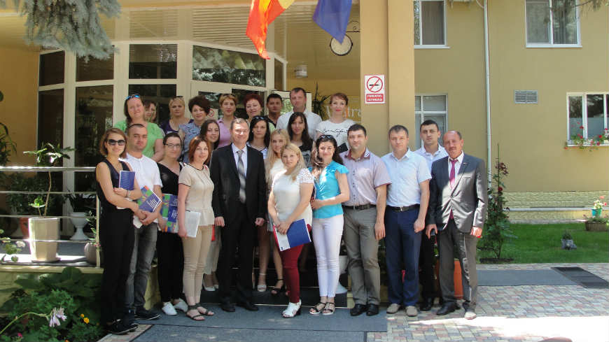 Executive Committee of Gagauzia, Republic of Moldova, trained on records management and legal drafting