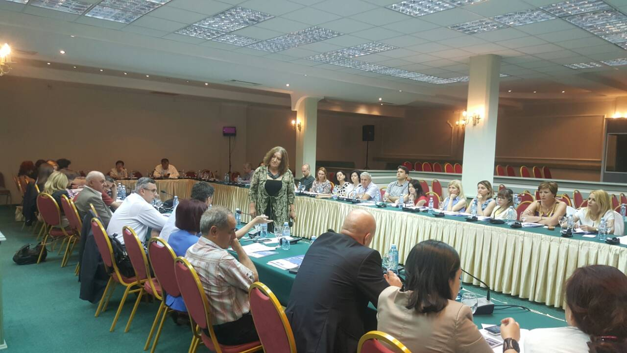 Training for judges, prosecutors and legal professionals on Freedom of expression and good administration of justice.