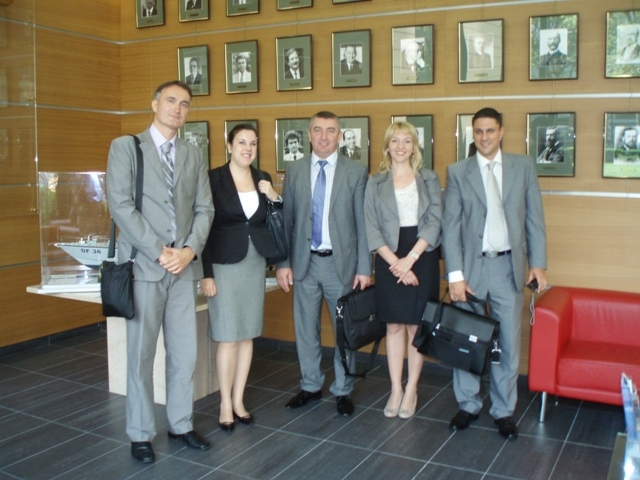 5 Serbian delegation at the Directorate-General of Customs.jpg