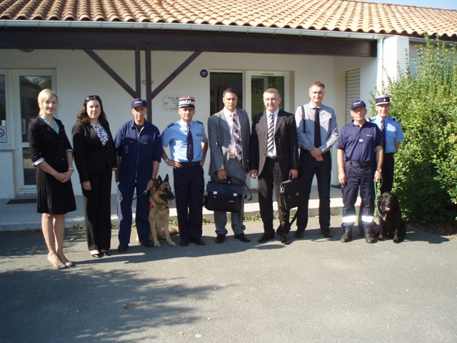 7 Serbian delegation at the Dog Handlers Training Centre, La Rochelle.jpg