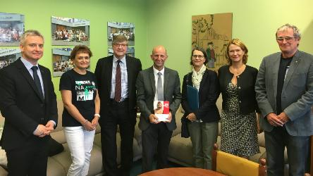 Experts visit German section of grammar school in Czech Republic