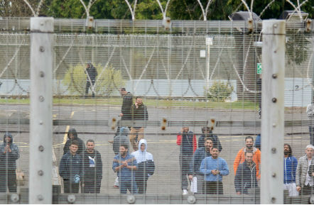 administrative-detention-migrants