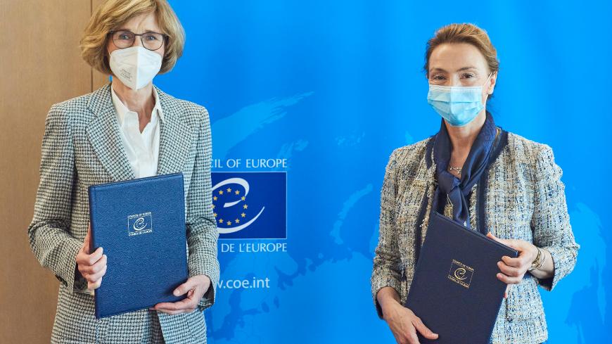 Margarete Gräfin von Galen, President of the CCBE; Marija Pejčinović Burić, Secretary General of the Council of Europe