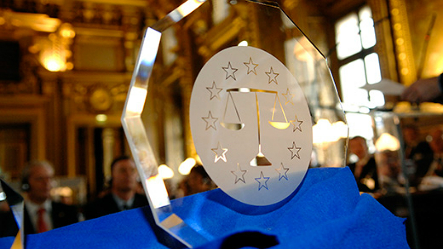 "Call for applications for the Council of Europe Prize ""Crystal Scales of Justice"" - the 2017 edition"
