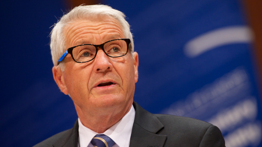 Ukraine: Secretary General Jagland voices concern over blocking social networks and websites