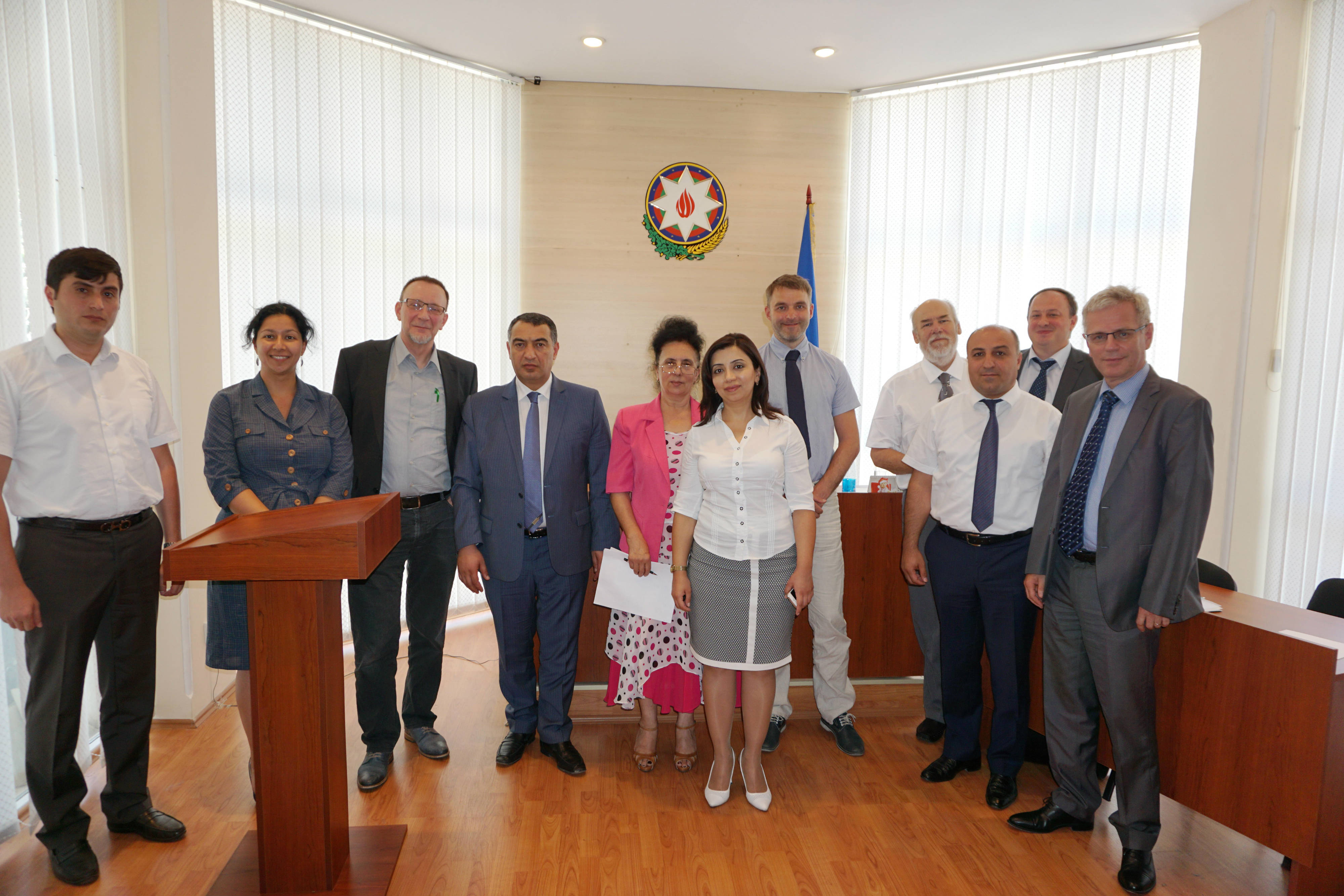 Visit to the Sumgait Administrative Economic Court 004.jpg