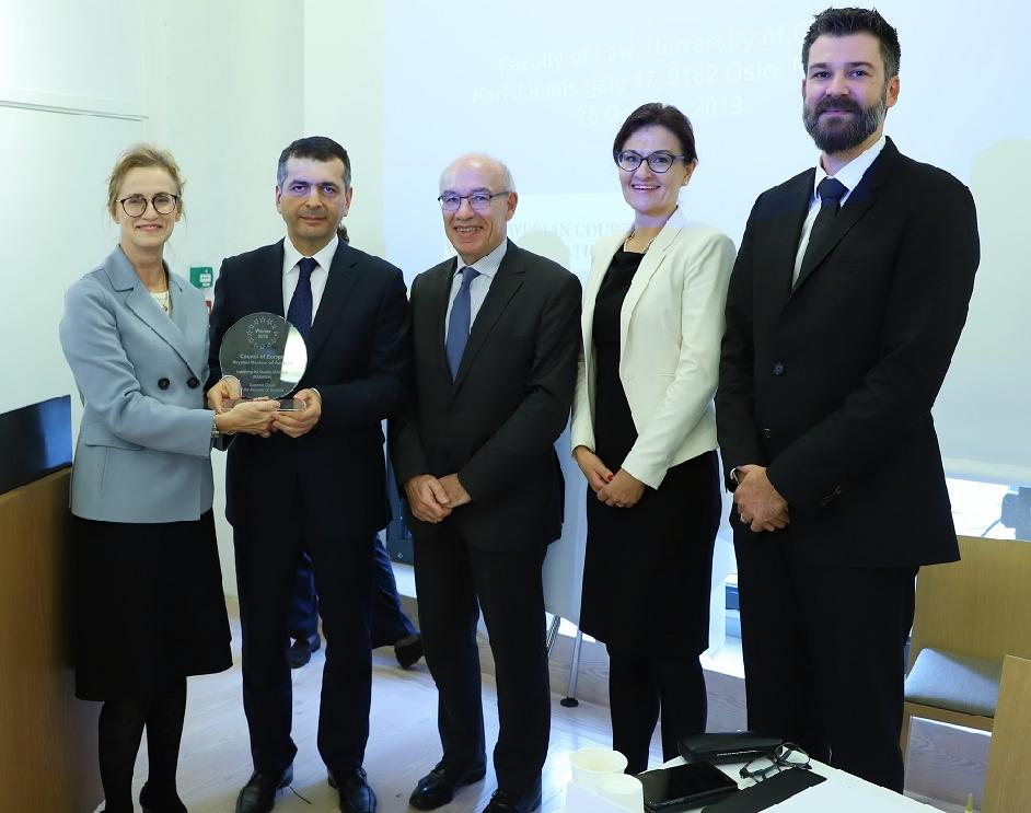 The CEPEJ awards the Crystal Scales of Justice Prize to the Supreme Court of Slovenia