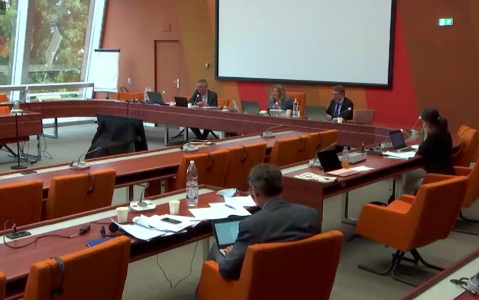 ECRI holds its 82nd plenary meeting