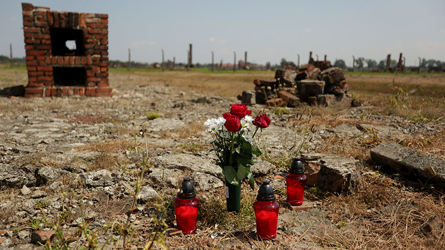 Council of Europe honours Roma Holocaust victims