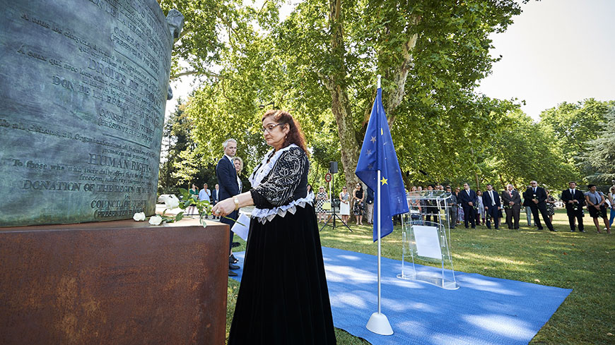 "Council of Europe honours Roma victims of the Holocaust: ""acknowledge the past and improve Roma rights today"""