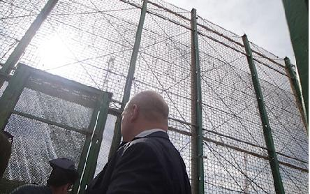 Spain: Commissioner Muižnieks calls for guidance to border police on how to handle migration flows in Ceuta and Melilla