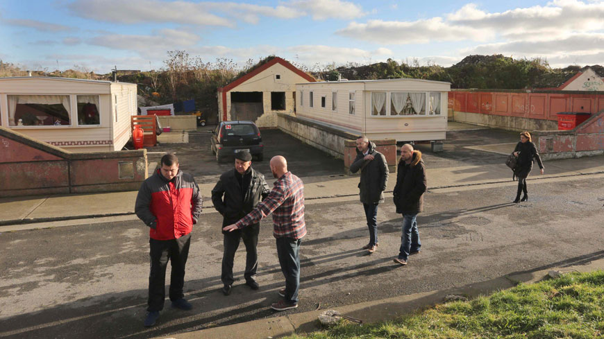 The Commissioner speaks with residents of a Traveller halting site in Dublin