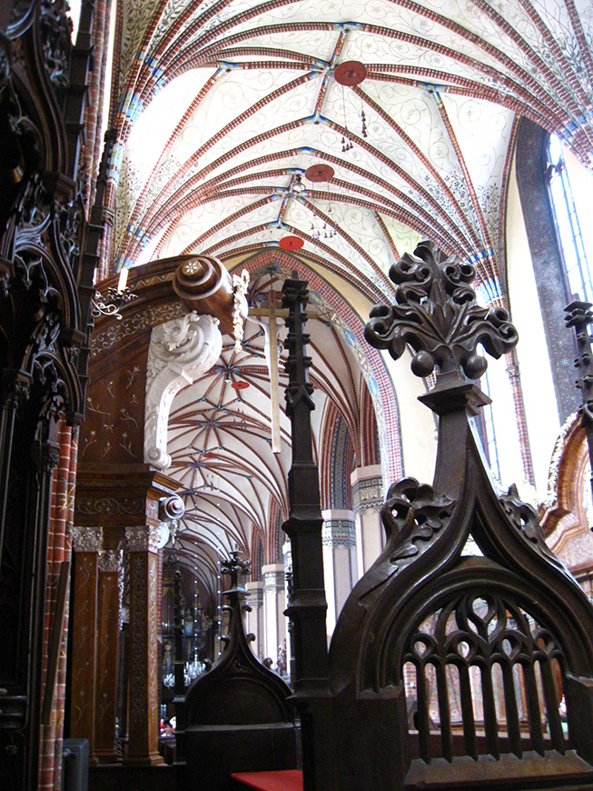 XIV century Cathedral in Frombork, Monument of History with grave of Copernicus. .jpg