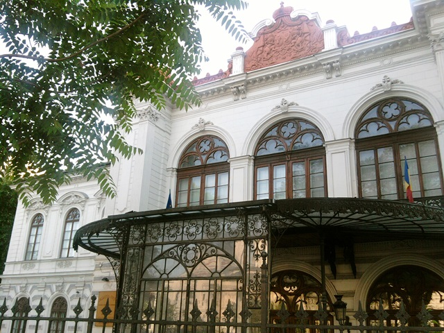 Sutu Palace in Bucharest, built in 1830, historical monument, now the City Museum.jpg
