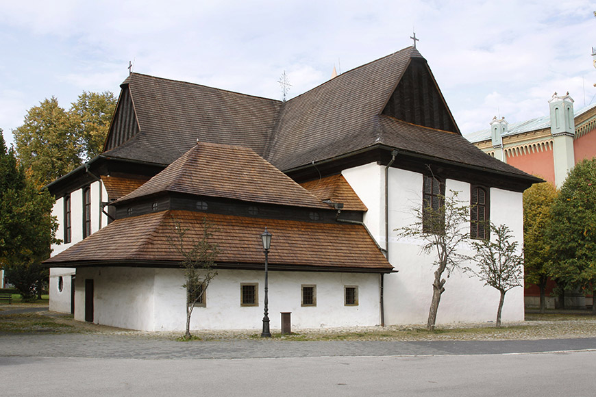 Kežmarok - Wooden Church of Articles.jpg