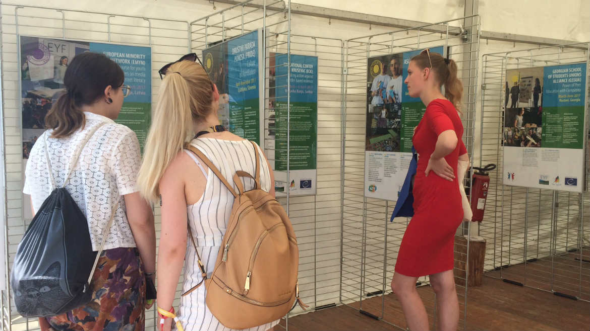 Successful EYF exhibition at the European Parliament