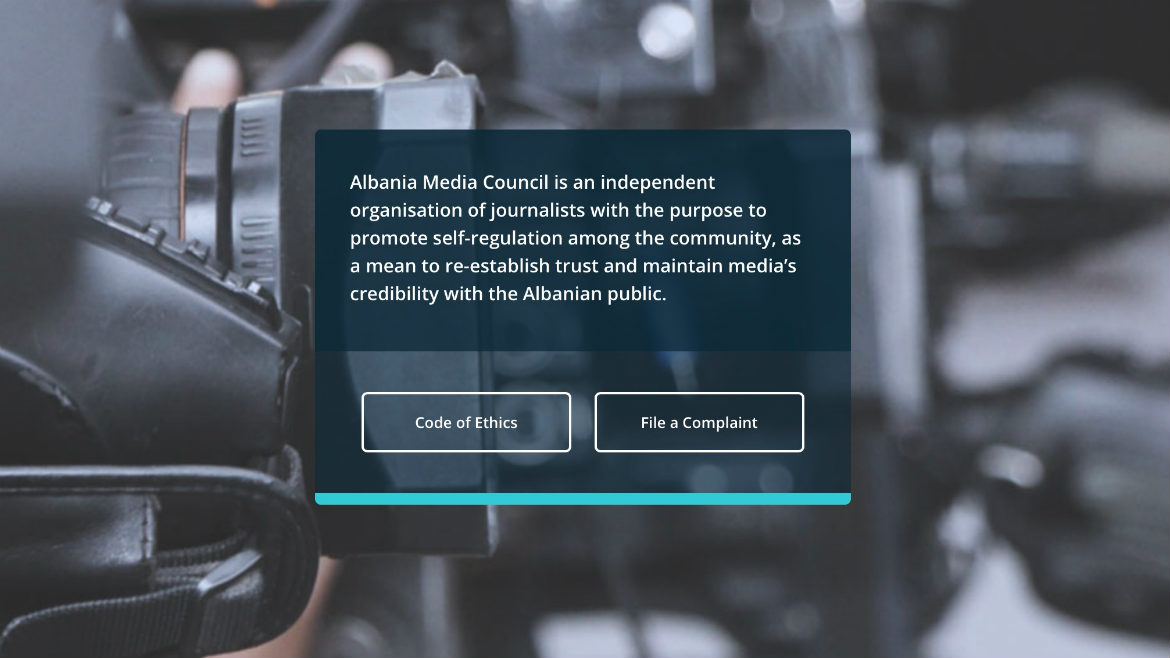 Albanian journalists sound the alarm on copyright issues at a roundtable discussion entitled