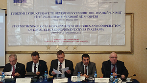 Strengthening local government structures and co-operation of local elected representatives in Albania