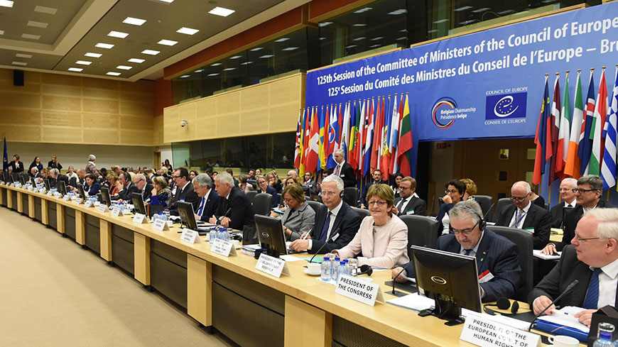 European ministers adopt new legal standards for tackling foreign terrorist fighters