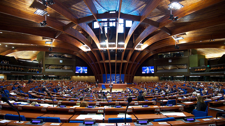 PACE maintains sanctions against Russian delegation