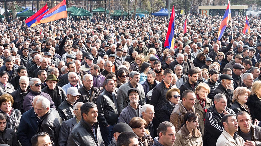 Co-rapporteurs urge restraint from all sides in Yerevan protests