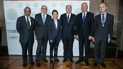 Aga Khan and Suzanne Jabbour receive North-South Centre Prize